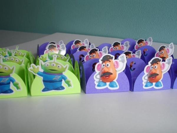 Festa do Lorenzo - personalizações no tema Toy Story *FOTOS NA PÁG. 6!* Dsc04112